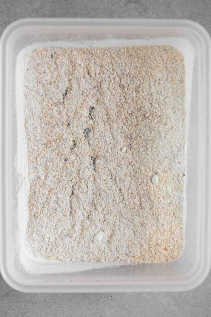 flour and cornmeal mixture