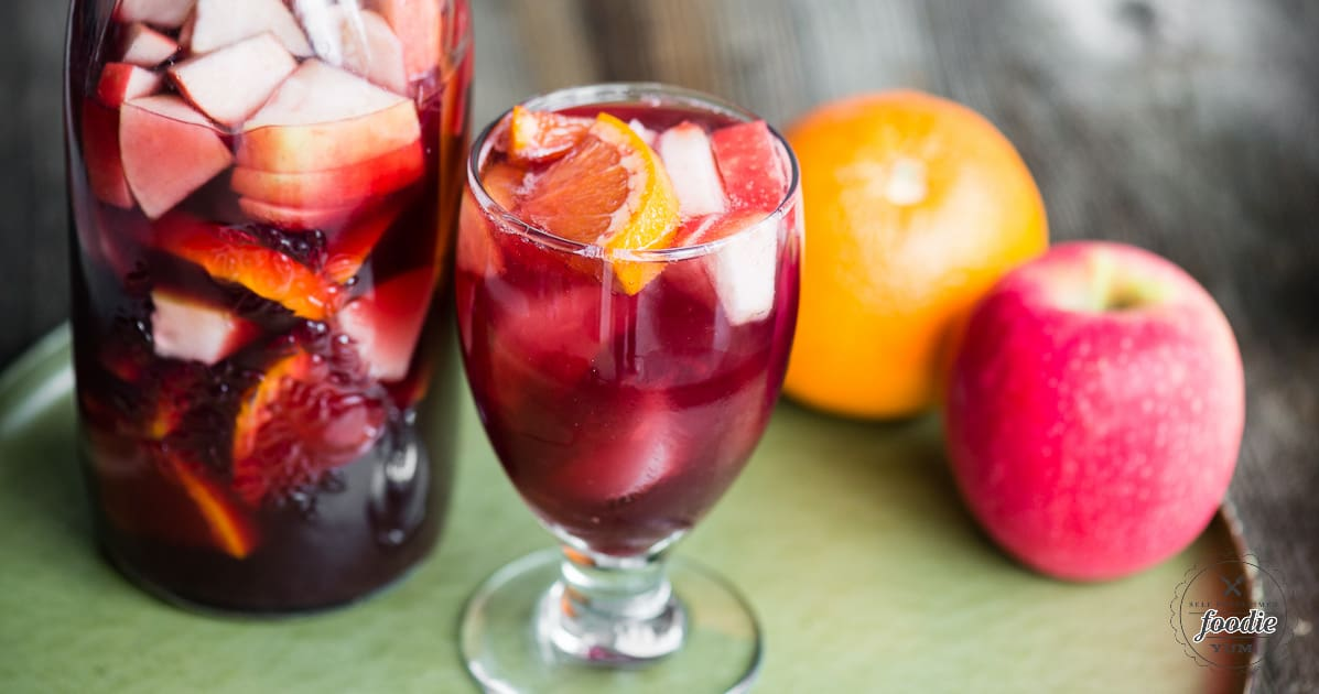 Sparkling red sangria recipe self proclaimed foodie thecheapjerseys Image collections
