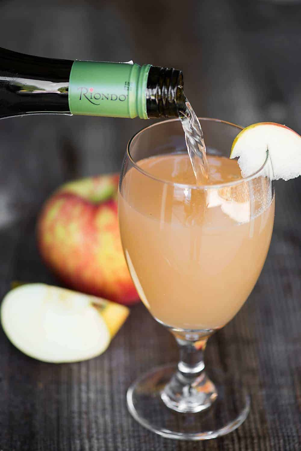 Spiced Apple Prosecco is a quick and easy drink full of fall flavor. Prosecco cocktails are perfect for holiday gatherings or relaxing after a busy day.
