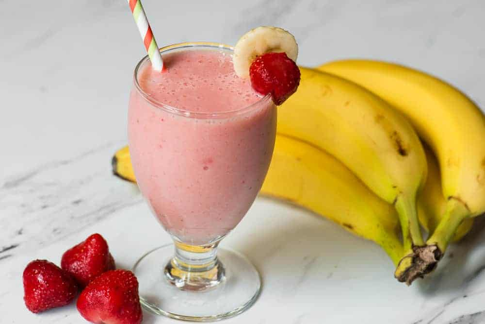 Strawberry Banana Smoothie | Self Proclaimed Foodie