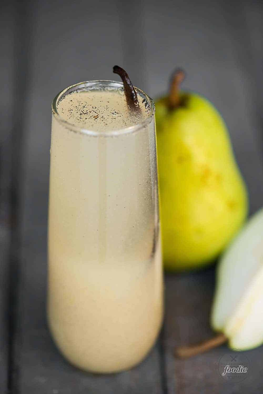 Vanilla Pear Prosecco, made with fresh pears, whole vanilla beans, and a crisp bubbly Prosecco, is the perfect fall and winter holiday cocktail!