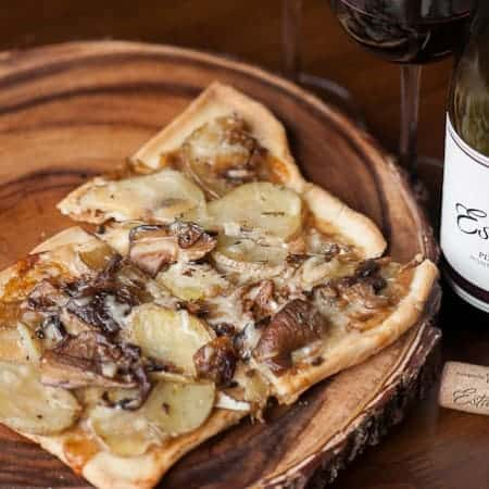 Discover the art of entertaining by pairing a bold Estancia Pinot Noir with a delicious Wild Mushroom Rosemary Potato Flatbread appetizer.