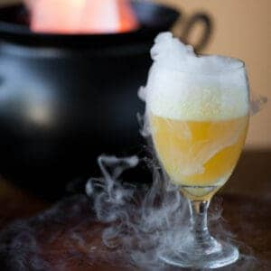 juice with dry ice for halloween drink